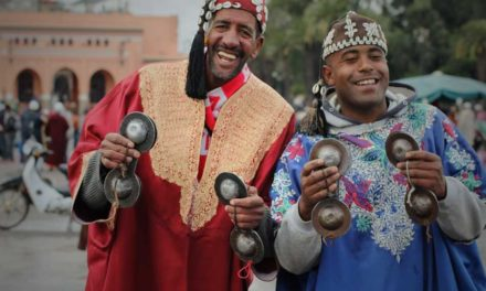 10 helpful information about traveling to Morocco and its people.