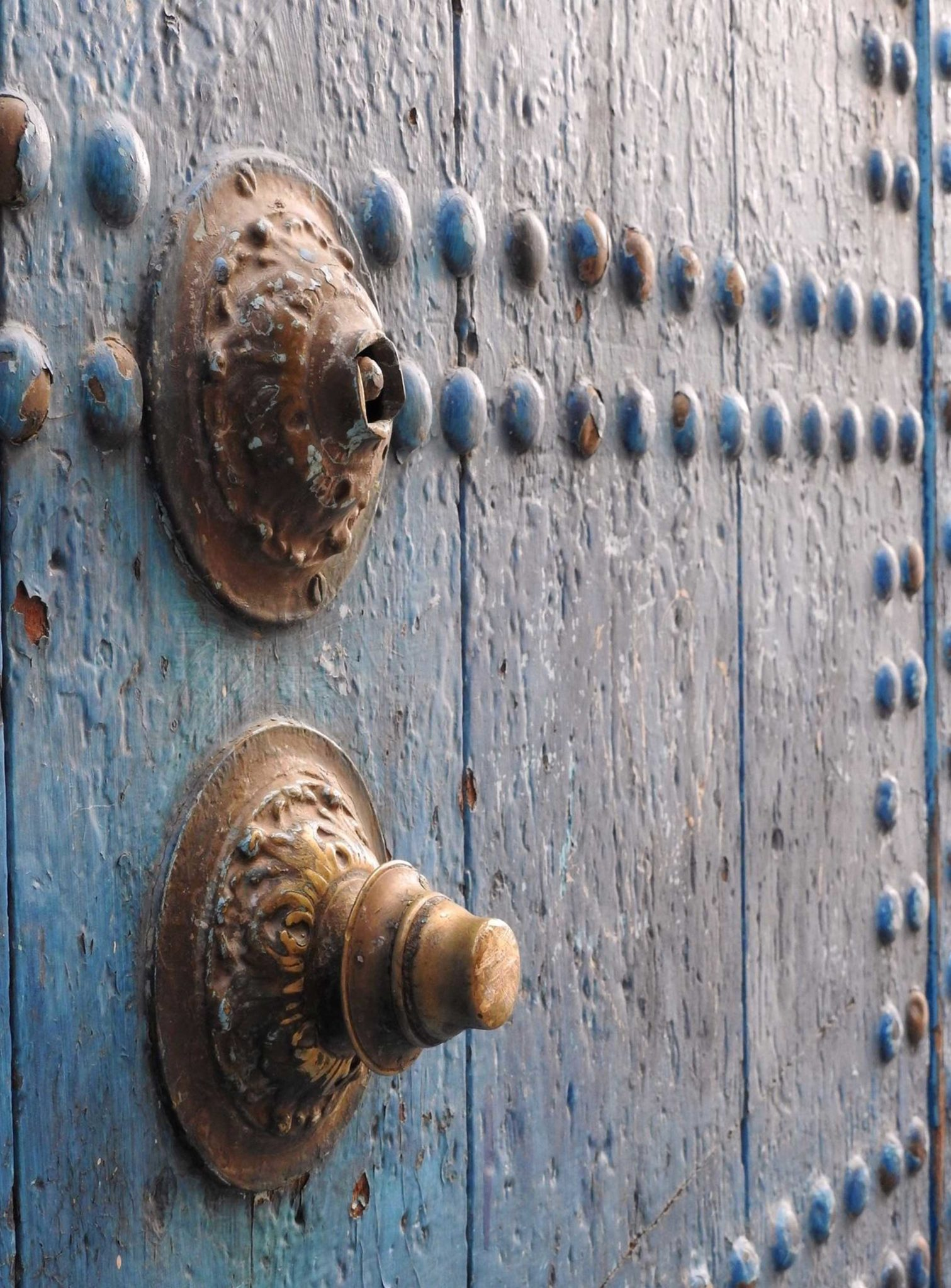 Chefchaouen-old-wood-door