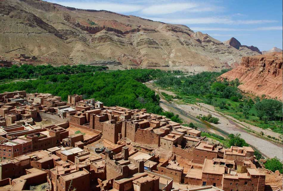 Zagora: A city of the desert wanders